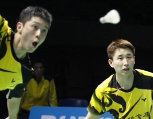 BWF DD WSSF 2014 – Day 2 Session 3: Lee/Yoo Stumble to Chai/Hong