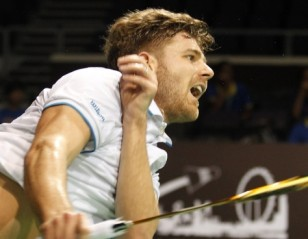 Chen Long, Jorgensen Crash Out – OUE Singapore Open 2015 Day 3