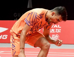 Verma Clinches Semifinal Place – Day 3: HSBC BWF World Tour Finals