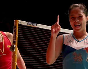Sparkling Intanon Outwits Marin – Malaysia Masters: Finals