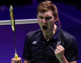 Axelsen Storms into Final – All England: Day 4