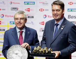 IOC President Fascinated with Badminton Finals