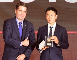 Kento Momota, Huang Ya Qiong Named BWF Players of the Year 2019