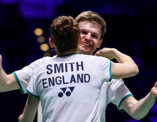 All England: Memorable Win for Ellis & Smith