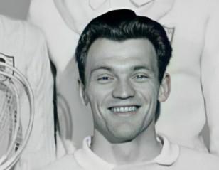 Badminton Icon: Finn Kobbero